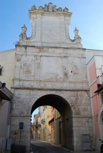 Andria - Porta San Andrea o Arco di Frederico